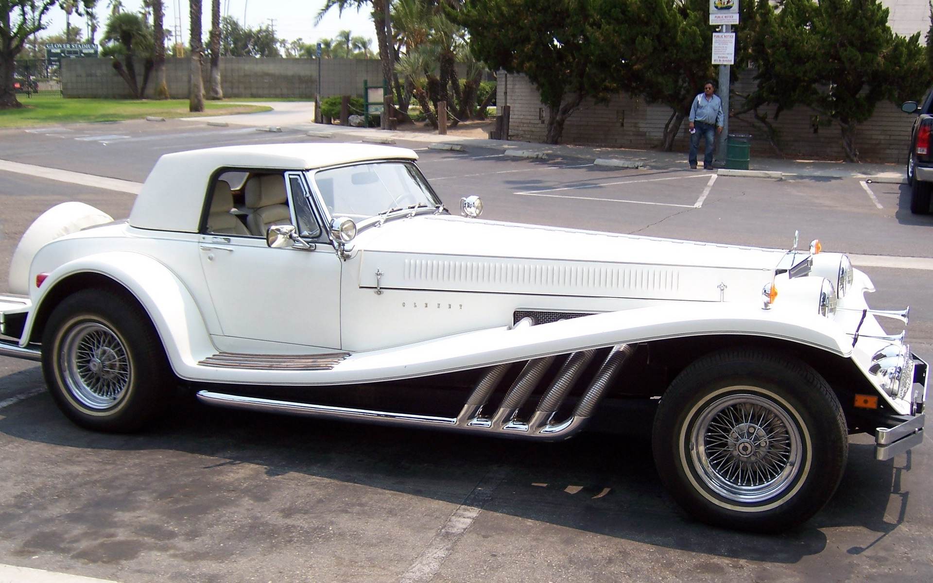 Series1car168 likewise Mclaren 540c Coupe Shunning U S Market also 1977 Buick Regal Landau as well Buy Porsche 911 Classic together with 1968 Mercedes Benz 280sl. on classic cars that we sold